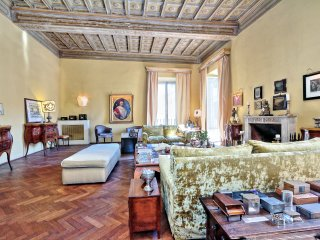 Large luxury style in Navona district
