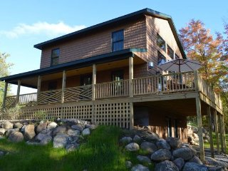 Marble Mountain Chalet: Hot Tub, Dog Friendly, 2 mi to Whiteface, Sauna, Firepla