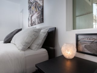 Gorgeous 2bdr modern Guest House with jacuzzi, Los Ángeles