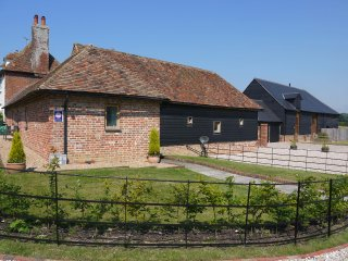 The Granary at Yockletts Farm selfcatering cottage, Canterbury
