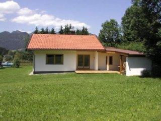 Freistehendes Ferienhaus mit freiem Bergblick, Schwendt