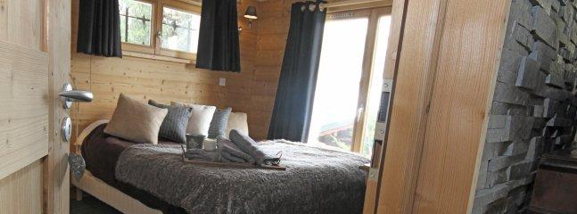 Ground floor king size bedroom