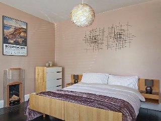 master bedroom as kingsize