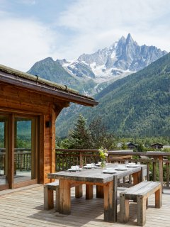 Marmotte Mountain Eco Lodge - alfresco dining - Chamonix