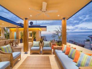 V LUXURY CONDO OCEAN VIEW SUITE 401, Puerto Vallarta