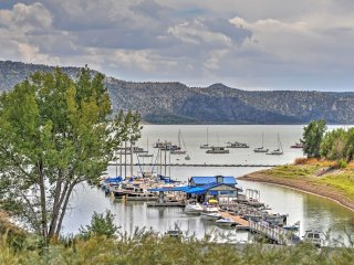 2BR Navajo Lake Cabin Near Skiing, Hunting & the Navajo Lake Marina!