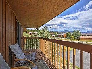 NEW! 2BR Grand Lake Condo w/Community Hot Tub!