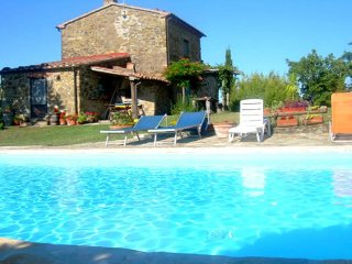 3 bedroom Villa in Sovana, Tuscany, Italy : ref 5229672