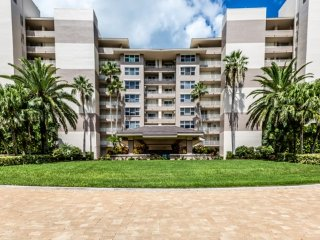 Somerset Condominium, 214