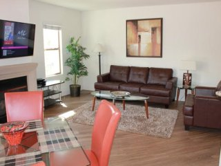 Beautifully Furnished 2 Bedroom Apartment, Los Ángeles