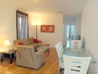 Furnished 2-Bedroom Apartment at Mulberry St & Hester St New York, Newark
