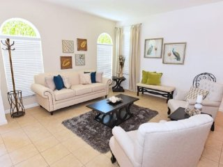 Disney Area 6 Bedroom 5.5 Bath Resort Pool Home. 406OCB, Davenport
