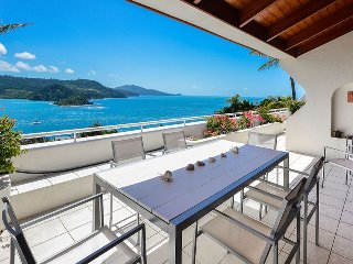 Bella Vista E9 - Ocean View Spacious 2 Bedroom, Isla de Hamilton