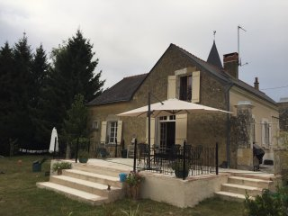 Beautiful 4 bedroomed character retreat, Vaulandry