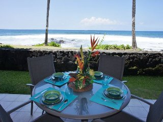 Direct Ocean Front, Completely Upgraded, AC, Walk to Town, Kona Reef A6, Kailua-Kona
