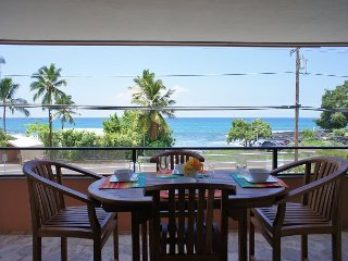 Spacious renovated 2bd/2ba, Ocean Views, AC Holualoa Bay Villas 101, Kailua-Kona