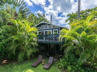 4 BR, 3-Minute Walk to Beach, Relax in your Private Garden Paradise TVNC#5139