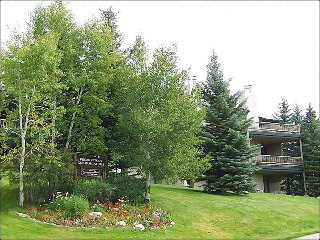 Available as a 3 or 4-Bedroom - Heated Pool & Hot Tub, Great Views (3841), Steamboat Springs