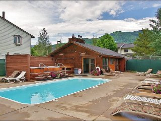 End Unit with Ski Slope Views - Heated Pool, 2 Hot Tubs (6481), Steamboat Springs