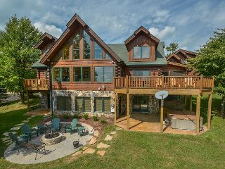 Extrordinary 5 Bedroom Luxury Mountain Chalet is your Dream Vacation Home!
