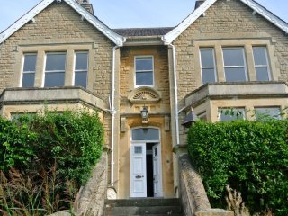 New! Grand & Gorgeous Victorian House, Nr. Bath (KMR), Batheaston
