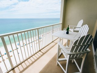 Beachfront, reserved parking space, free WIFI, Panama City Beach