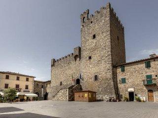 Bacco,  la tua Casa nel centro di Castellina