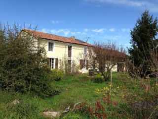 Beautiful farmhouse in Armagnac and Madiran region, Riscle