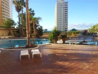 2 bedrooms apartment, near to beach.Very new style, Playa Paraiso