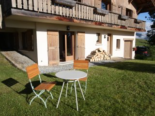 Highly convenient apartment, views of Mont Blanc