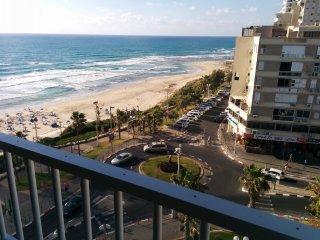 Sea apartment on Derech Ben Gurion