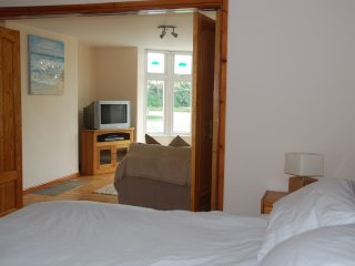 HOLIDAY HOME APARTMENT CLOSE TO SEA AND TOWN, Porthcawl