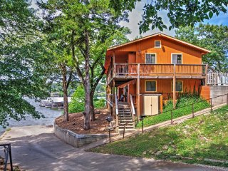 NEW! 3BR Camdenton Apartment w/Lakefront Views!