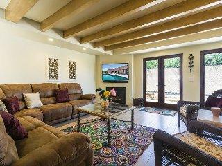 3BR/3.5BA Palm Springs House, Dog-Friendly w/ Private Pool & Spa