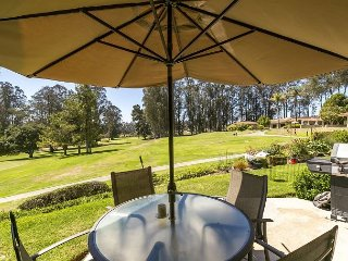 Tee Off at this Nipomo Golf Course Condo – Pool & Hot Tub; Drive to Beach!