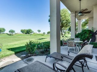 2BD, 2BA La Quinta Condo on PGA Golf Course, Minutes from Coachella