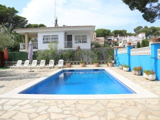 Beautiful, Big, 5 bedroom house - VILLA MONTGO, L'Escala