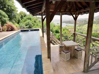 Superbe villa 4 chambres, piscine, vue mer et golf