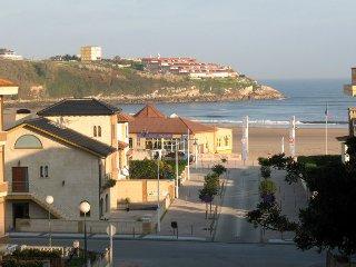 Hosteria Isla Cabrera , primera linea de playaiii  Suances-playa-cantabria
