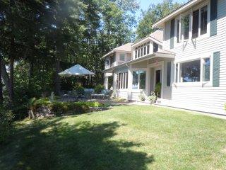 6 Bedroom Waterfront Home - Lake Winnipesaukee, NH
