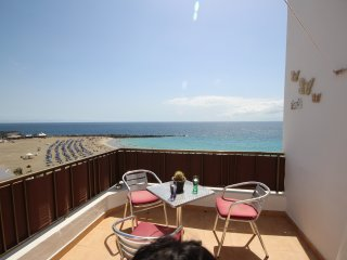 Family flat in front of the beach, Los Cristianos
