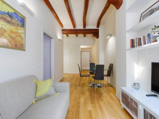 Newly restored apartment in the center of Bologna