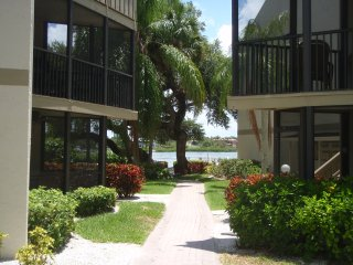 2 bedroom Condo Bay Oaks Siesta Key