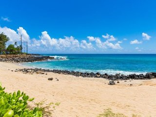 100 steps to Poipu Beach!