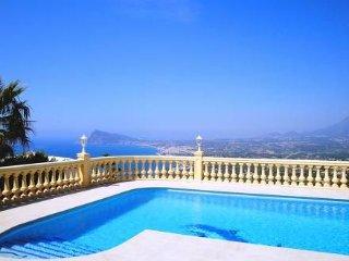 3 bedroom Villa in Altea, Costa Blanca, Spain : ref 2023551, Altea la Vella