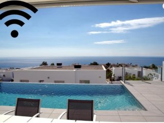 Apartment in Alicante, Benitachell 103599