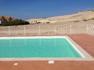 2 bedroom Villa in Biscarosse, Les Landes, France : ref 2242617