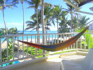 WIDEST balcony 37' (12 m) on Windy Kitebeach, Cabarete