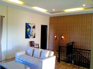 Villa Rubah Betina, new perfectly located rental, Kerobokan