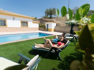 Casona del Olivar, en Priego, con piscina privada